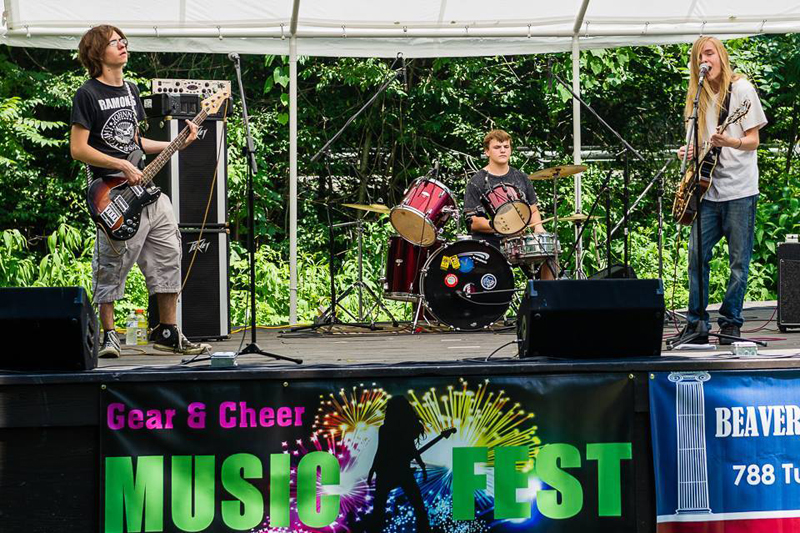 festival-curt-walsh-hunter-large-2014.jpg